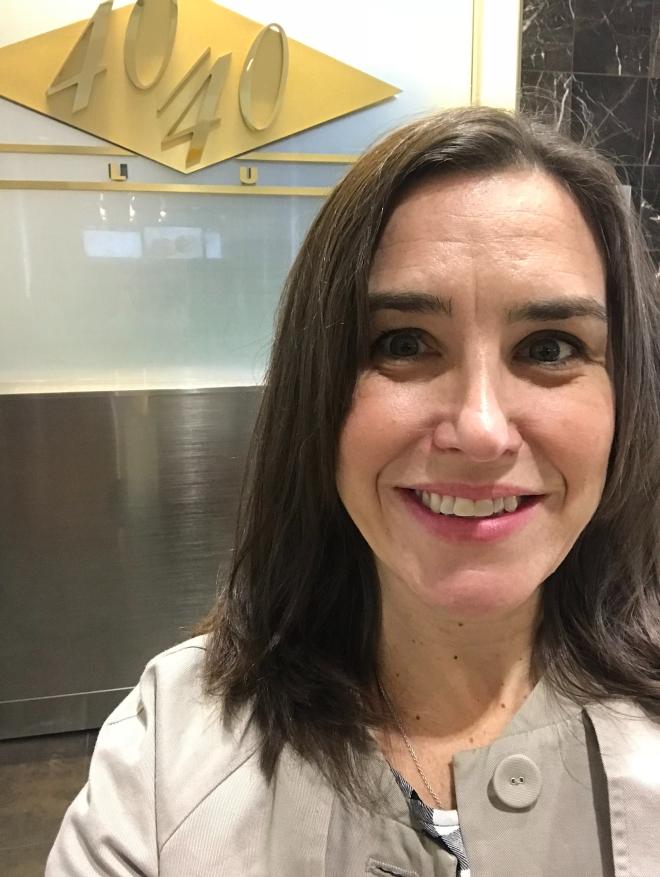 40 airport selfie